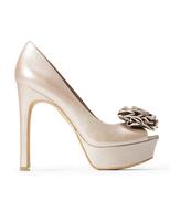 womens beige heels